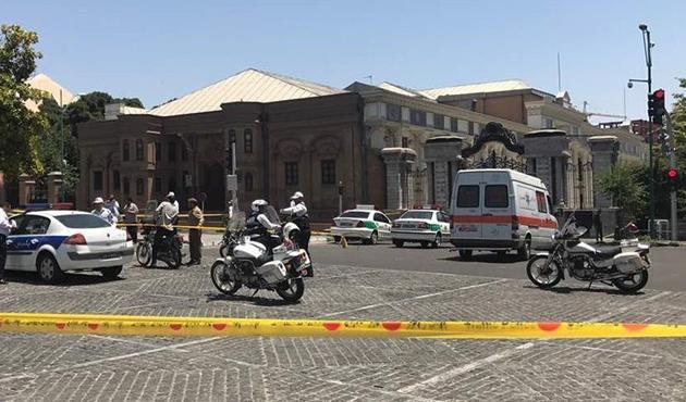İran Meclisi ve Humeyni Türbesi'ndeki saldırıda yeni gelişme