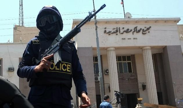 Mısır, gözaltındaki 6 Kazakistan vatandaşını sınır dışı etti