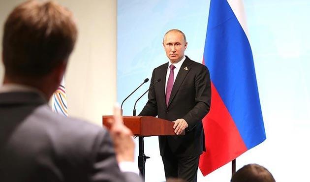Putin: Rusya'daki 755 ABD diplomatı geri gönderilecek