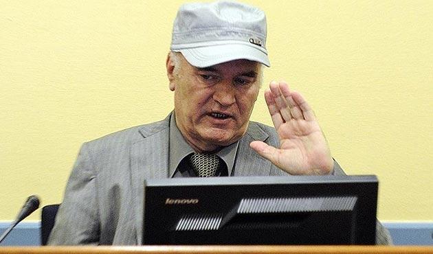 'Bosna kasabı' Mladic'e destek mitingi iptal