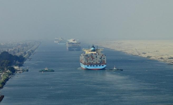 Mısır'dan Süveyş Kanalı transit geçiş ücretinde indirim