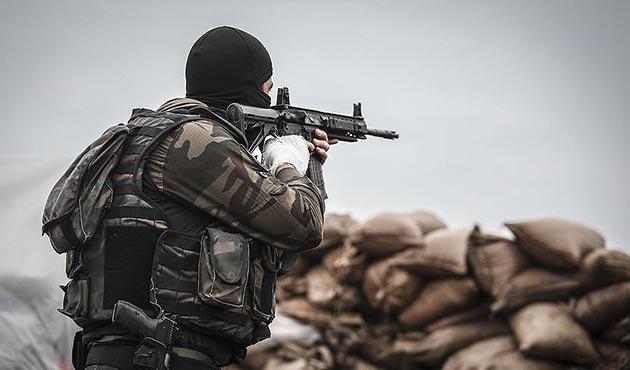 Şemdinli'de güvenlik güçleri ile PKK arasında çatışma