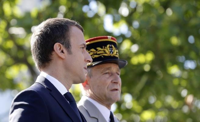 Fransa Genelkurmay Başkanı 'pes' dedi