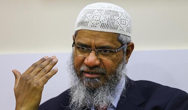 Hindistan hükümeti, alim Zakir Naik'in pasaportunu iptal etti