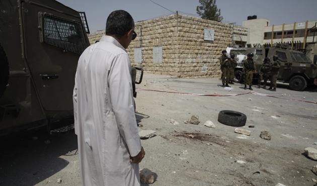 İsrail askerleri yine bıçaklı girişim iddiasıyla öldürdü
