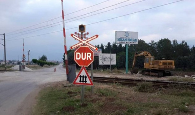 Osmaniye'de PKK'lılar yük trenine saldırdı
