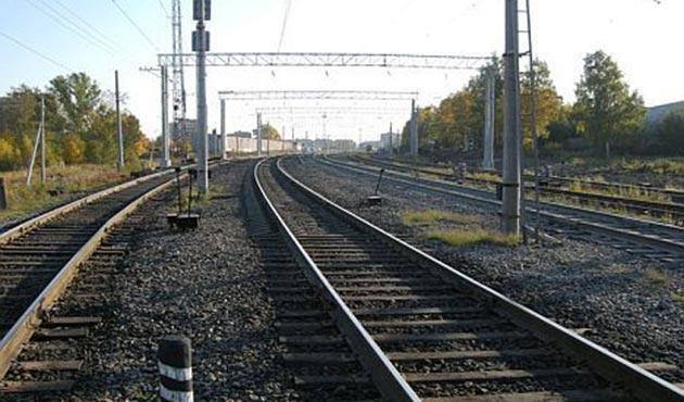 İran ile Afganistan arasında demiryolu anlaşması
