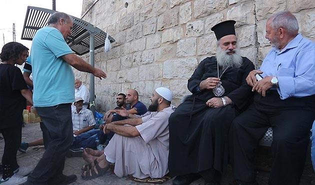 Kudüs'teki kiliseler de Mescid-i Aksa ile dayanışma içerisinde