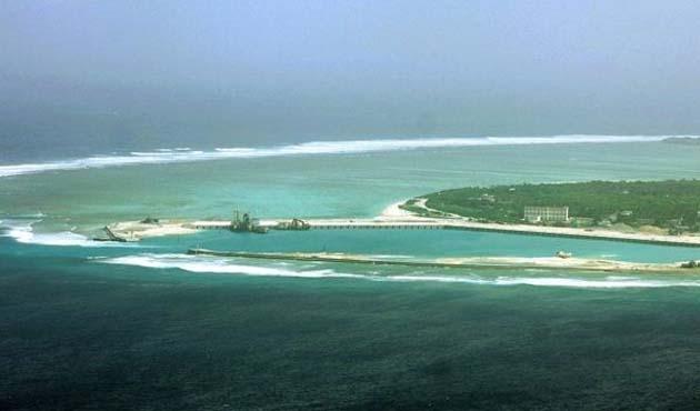 İngiltere, Güney Çin Denizi'ne iki uçak gemisi gönderecek