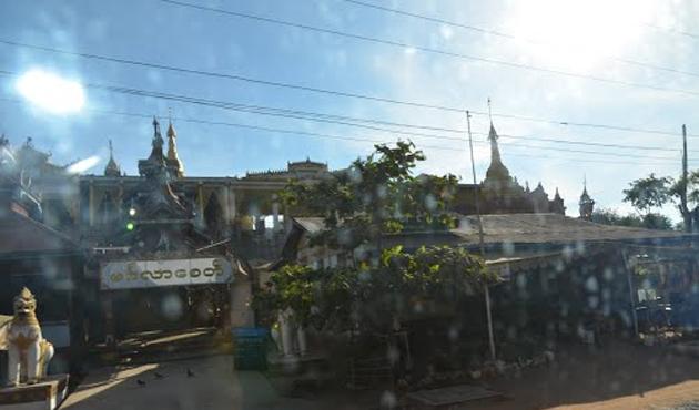 Myanmar'da Budistlerin 'cami korkusu' inşaat yıktırdı