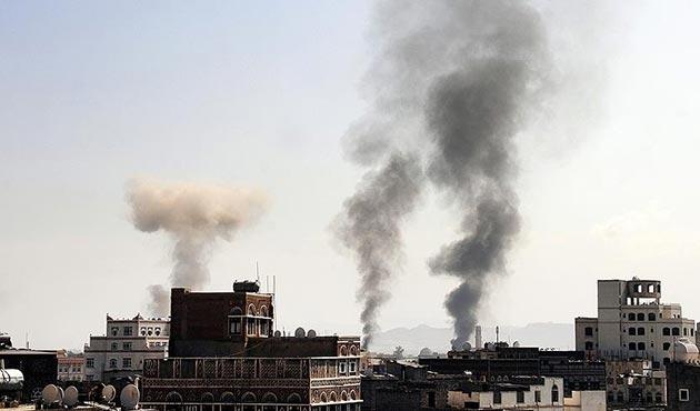 Koalisyon güçlerinden Sana'ya hava saldırısı