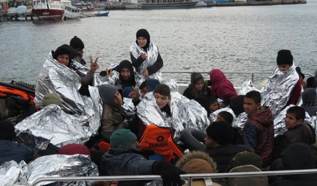 Yasa dışı sınırı geçen 370 kişi yakalandı