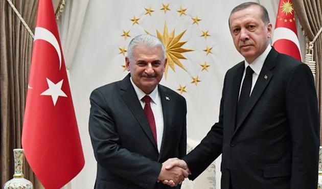 Cumhurbaşkanı YAŞ öncesi Başbakan ile görüşecek