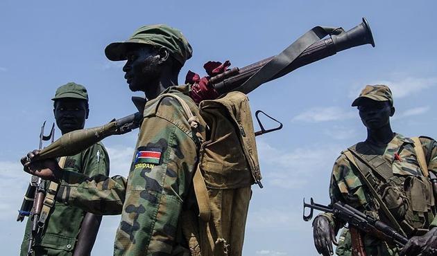 Sudan'da vatandaşların elindeki silahlar zorla toplanacak