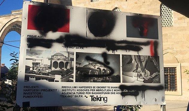 Priştine'deki iki camiye saldırı