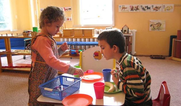 AB'den Bulgaristan öğrencilerine gıda yardımı