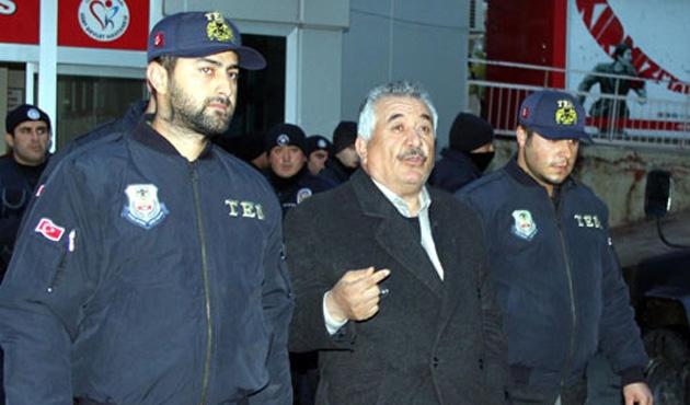 Eski Siirt Belediye Başkanı Sadak, gözaltına alındı