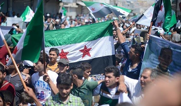 Suriye'de PYD karşıtı gösteriler
