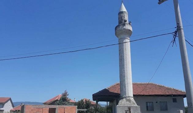 Makedonya'da köy camiine saldırı