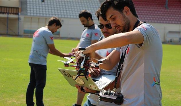 'Akıllı drone' yerli yazılımla 5 saniyede 100 kilometre hıza ulaşıyor