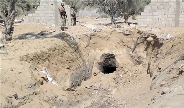 Mısır, Gazze Şeridi sınırında bir tüneli yıktı