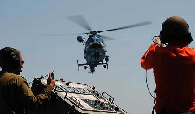 İsrail'e ait askeri helikopter düştü