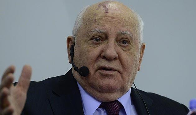 Gorbaçov'dan Putin ve Trump'a uzlaşma tavsiyesi