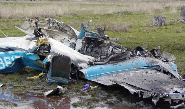 Kazakistan'da uçak kazası: 2 ölü