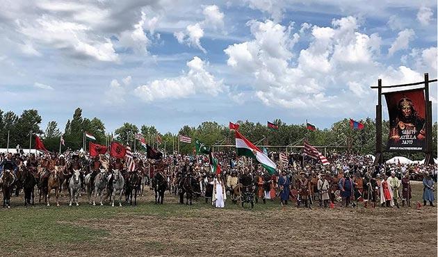 Macaristan'da 'Atalar Günü' etkinliği | FOTO