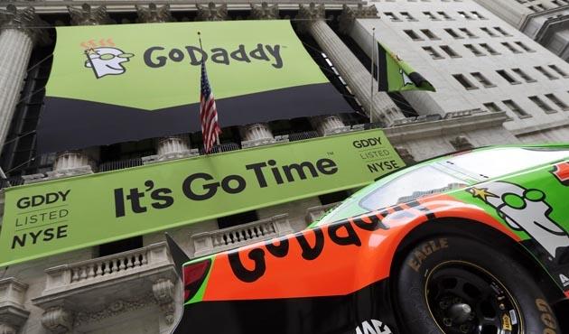 Google ve GoDaddy'den ırkçılık karşıtı hamle