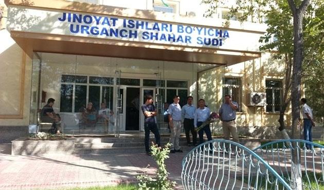 Özbekistan'da vatandaşa hâkimleri değerlendirme fırsatı