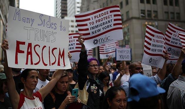 Trump'a New York'taki ikinci gününde de protesto