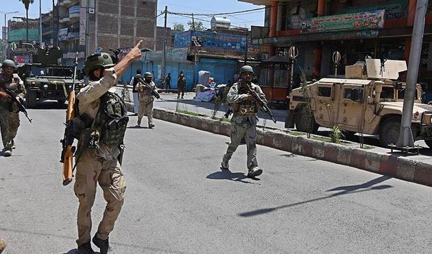 Afganistan'da 33 sivil DEAŞ ve Taliban tarafından kaçırıldı