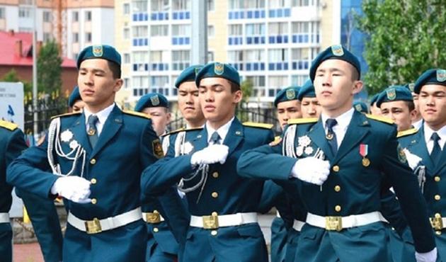 Kazakistan ile Özbekistan arasında savunma işbirliği