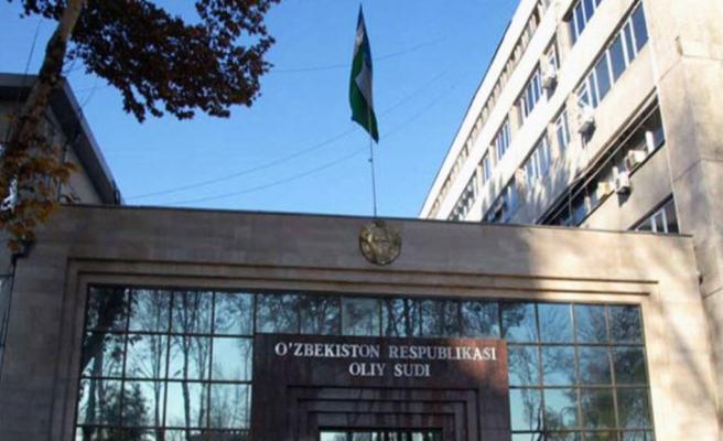 Özbekler Yargıtay binasını bastı