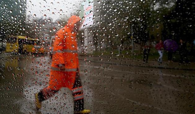 Meteoroloji'den 3 il için gök gürültülü sağanak uyarısı
