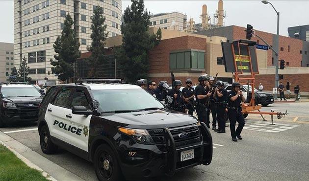 ABD'de iki ayrı silahlı saldırı: 1 polis öldü, 3'ü yaralandı