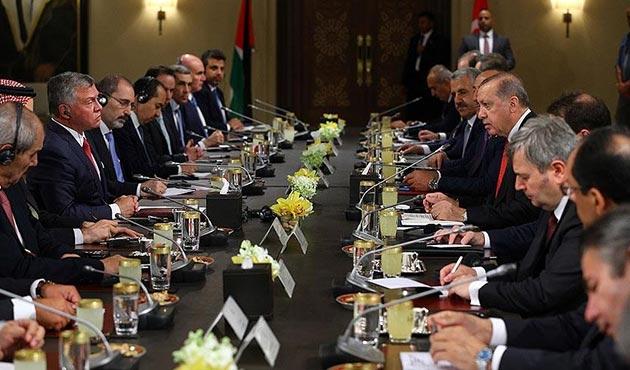 Cumhurbaşkanı Erdoğan'dan Ürdün'de 'birlik' çağrısı