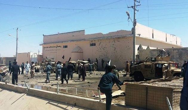 Taliban askeri konvoya saldırdı