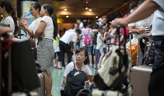Çin'de Hato Tayfunu nedeniyle 26 bin kişiye tahliye