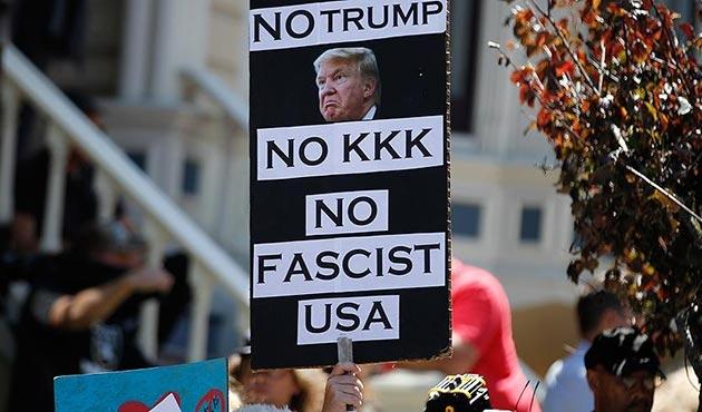 San Francisco'da ırkçılar ve Trump'a protesto