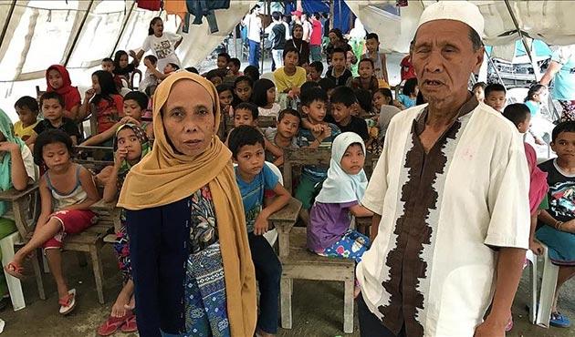 Morolu Müslüman çocukların hayat mücadelesi