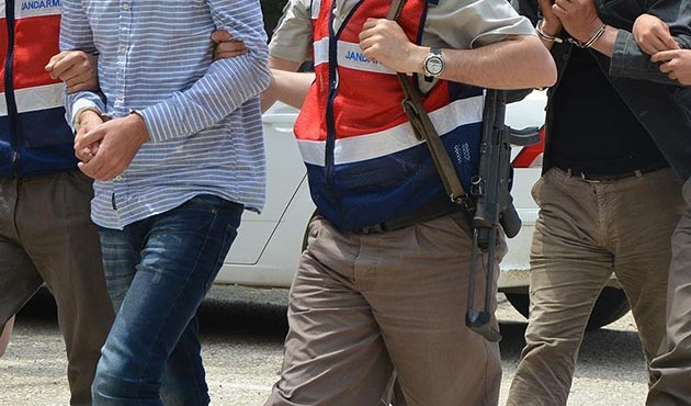 Suriye sınırında 3 PYD'li teslim oldu