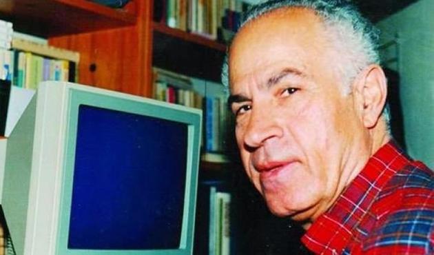 Türkçe'nin ustası Emin Özdemir hayatını kaybetti