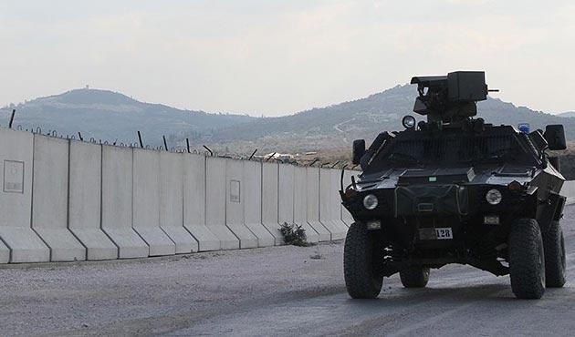 Yasa dışı yollarla sınırı geçmeye çalışan bin 941 kişi yakalandı