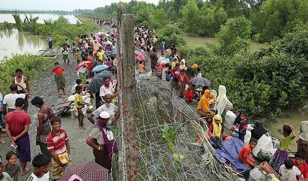 'Myanmar hükümeti Bangladeş sınırına mayın döşüyor'