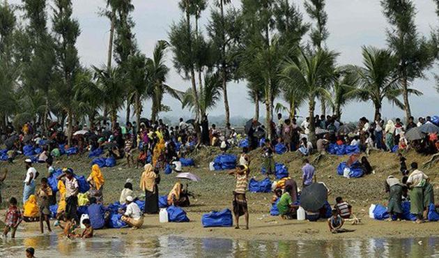 Bangladeş'e sığınan Arakanlıların sayısı 536 bine ulaştı