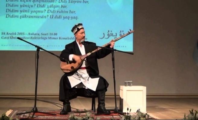 Uygur sanatçı Abdurehim Heyit'e 5 ay hapis cezası