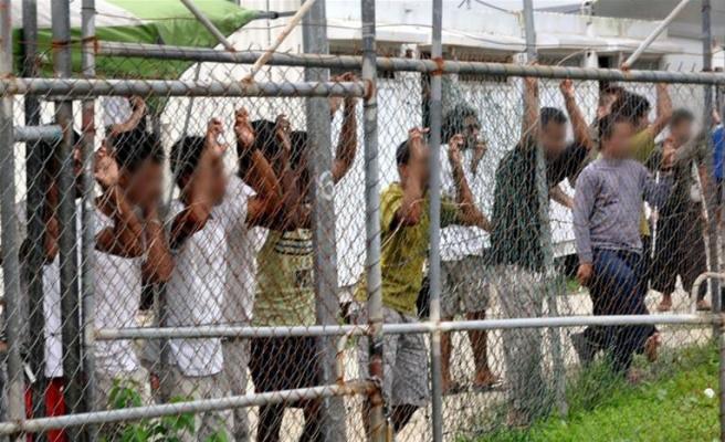Avustralya, Yeni Zelanda'nın mülteci isteğini kabul etmedi