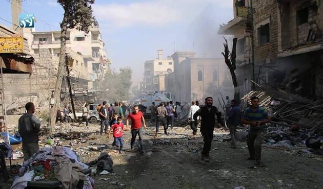 İdlib'deki hava saldırısında aynı aileden 10 kişi öldü